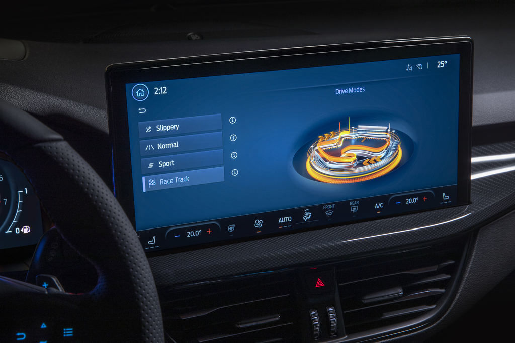Content 2021 ford focus st interior sync4 8