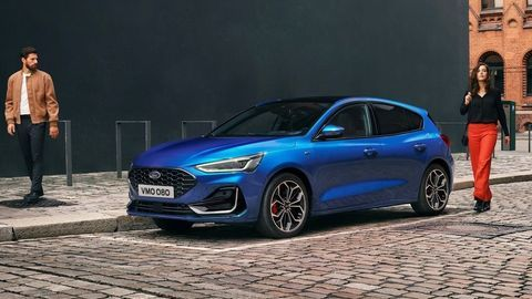 Thumb 2021 ford focus st line outdoor 03
