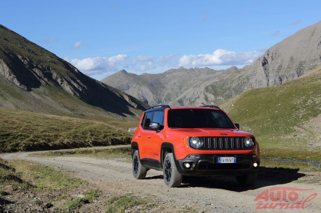 Content 76027 large 05 renegade trailhawk