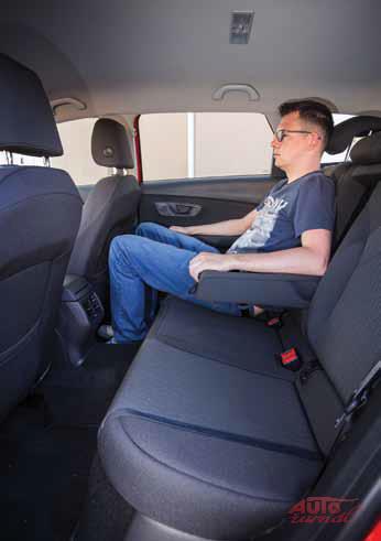 Content seat leon sw4