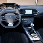 Za volantom Peugeot
