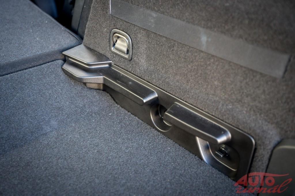 Content 72582 large za volantom seat 3