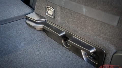 Thumb 72582 large za volantom seat 3