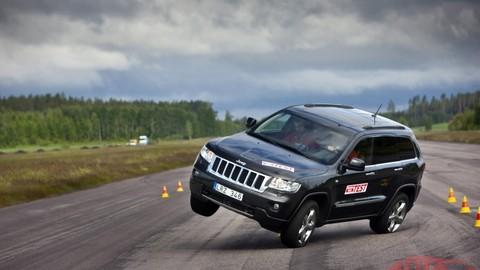 Thumb 57577 large 1 jeep grand cherokee fails moose test 2012