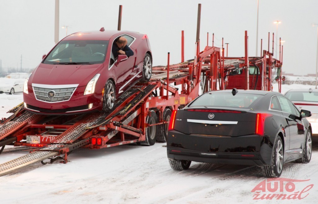 Content 55896 large cadillacelrdelivery02 medium