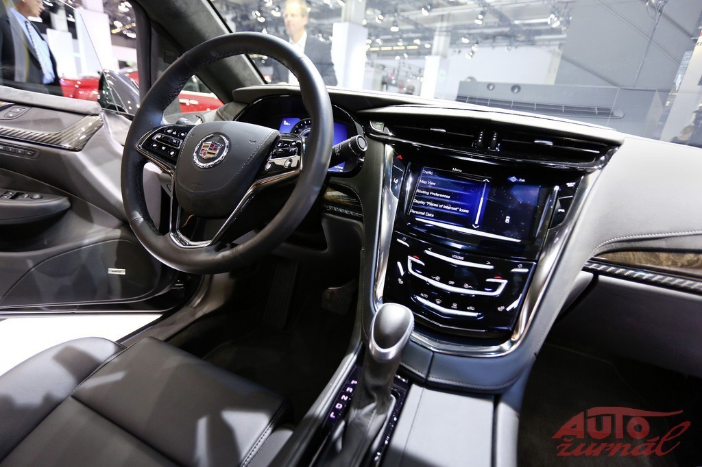 Content 55891 large cadillac elr 01d
