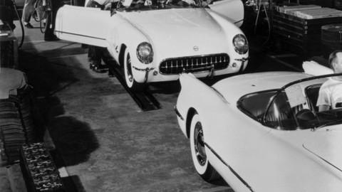 Thumb 42063 large 1953 chevrolet corvette assembly 04 medium