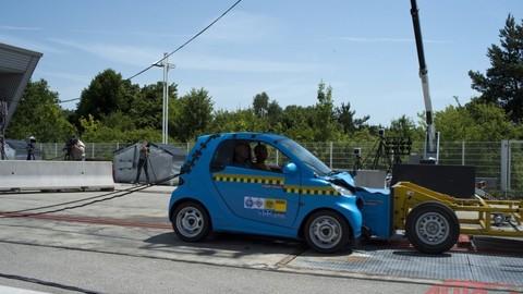 Thumb 20882 large crash test smart 015
