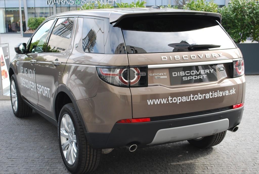 Content 86597 large land rover discovery sport je uz v predpredaji