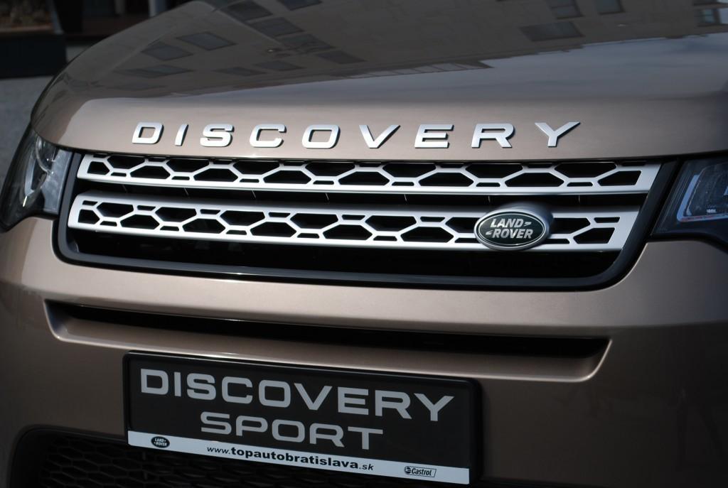 Content 86607 large land rover discovery sport je uz v predpredaji