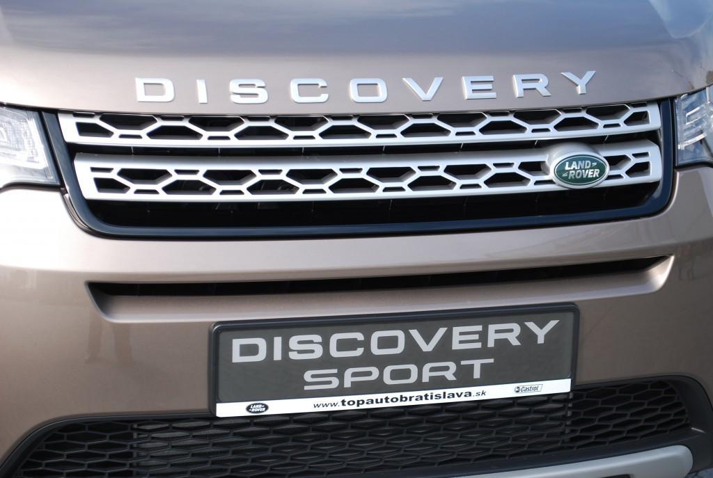 Content 86606 large land rover discovery sport je uz v predpredaji