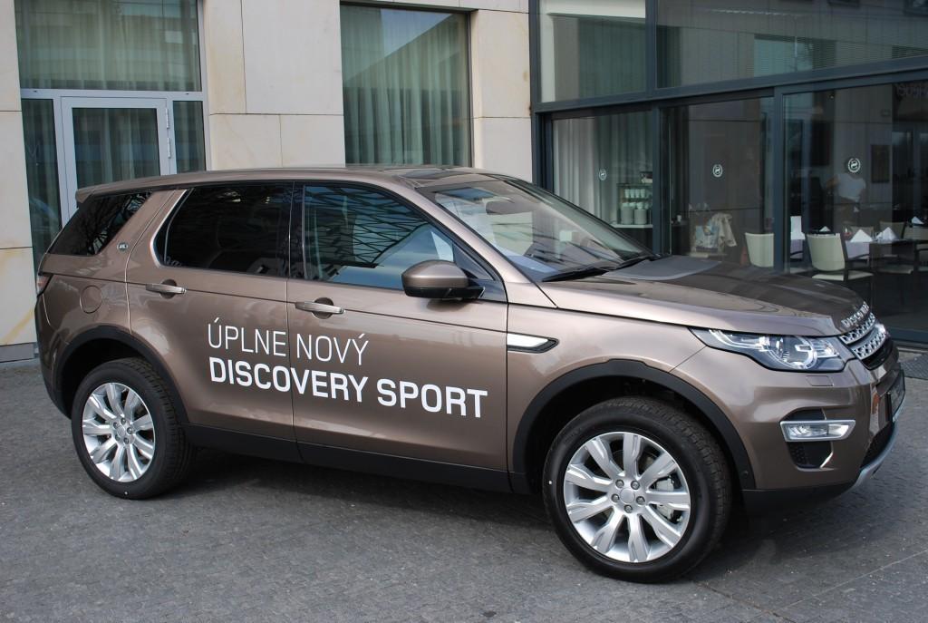 Content 86594 large land rover discovery sport je uz v predpredaji