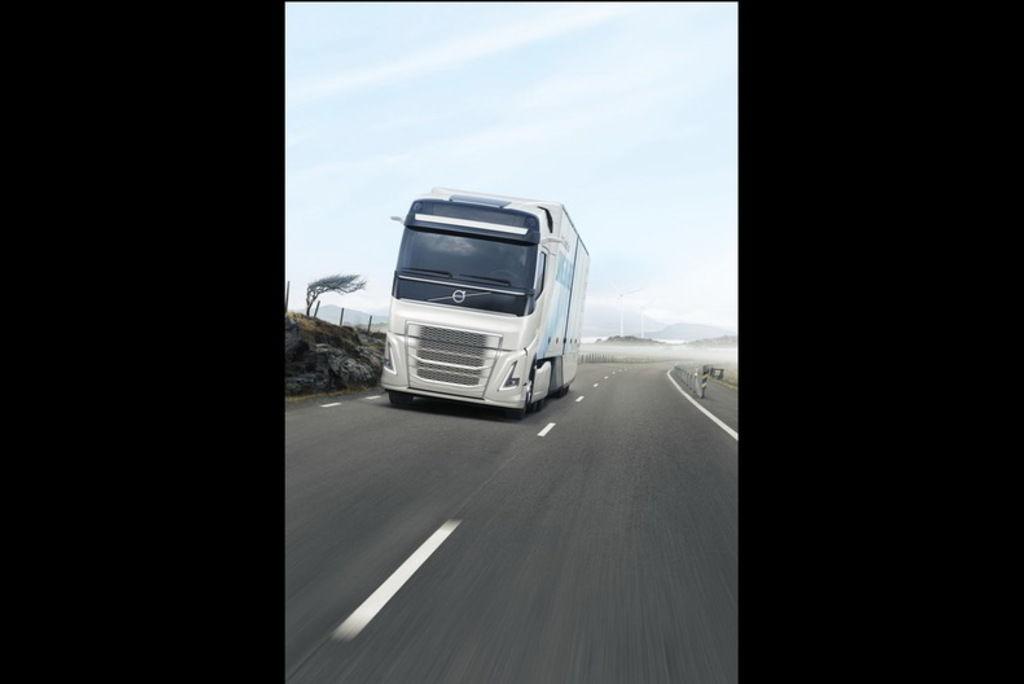 Content volvo concept truck2
