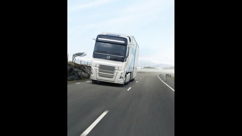 Thumb volvo concept truck2