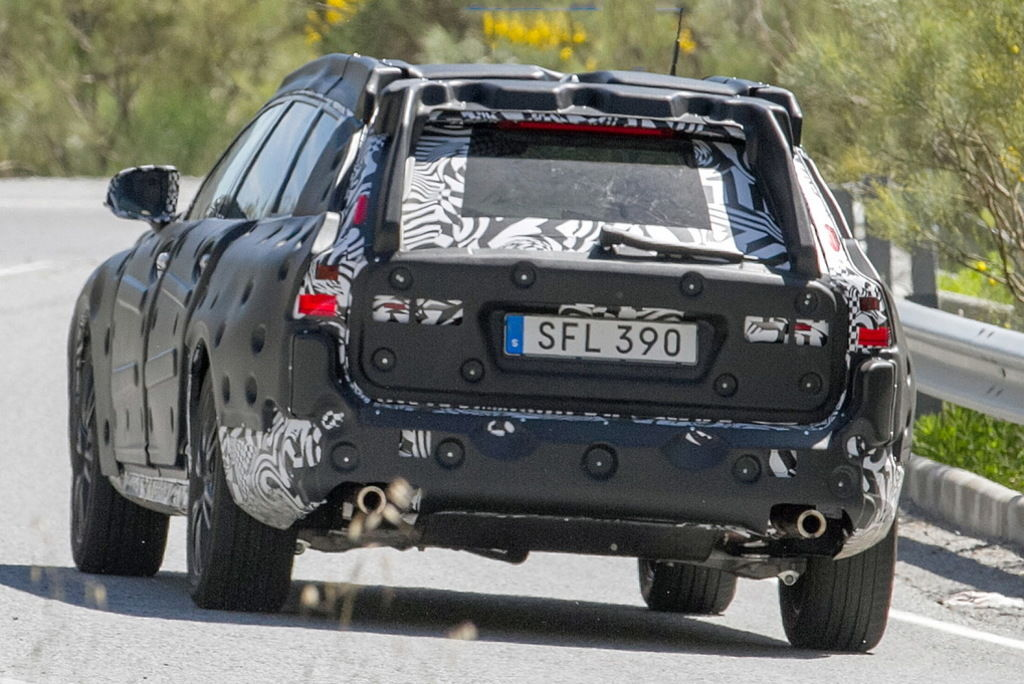 Content volvo v90 cross country 010
