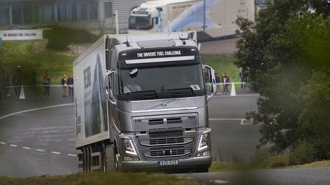 Thumb drivers fuel challenge 2016 03