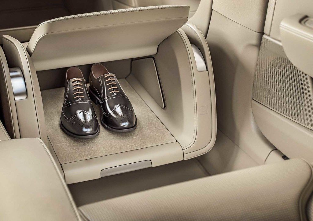 Content 199964 volvo s90 excellence interior lounge console