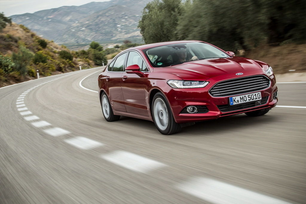 Content ford mondeo hatchback 11