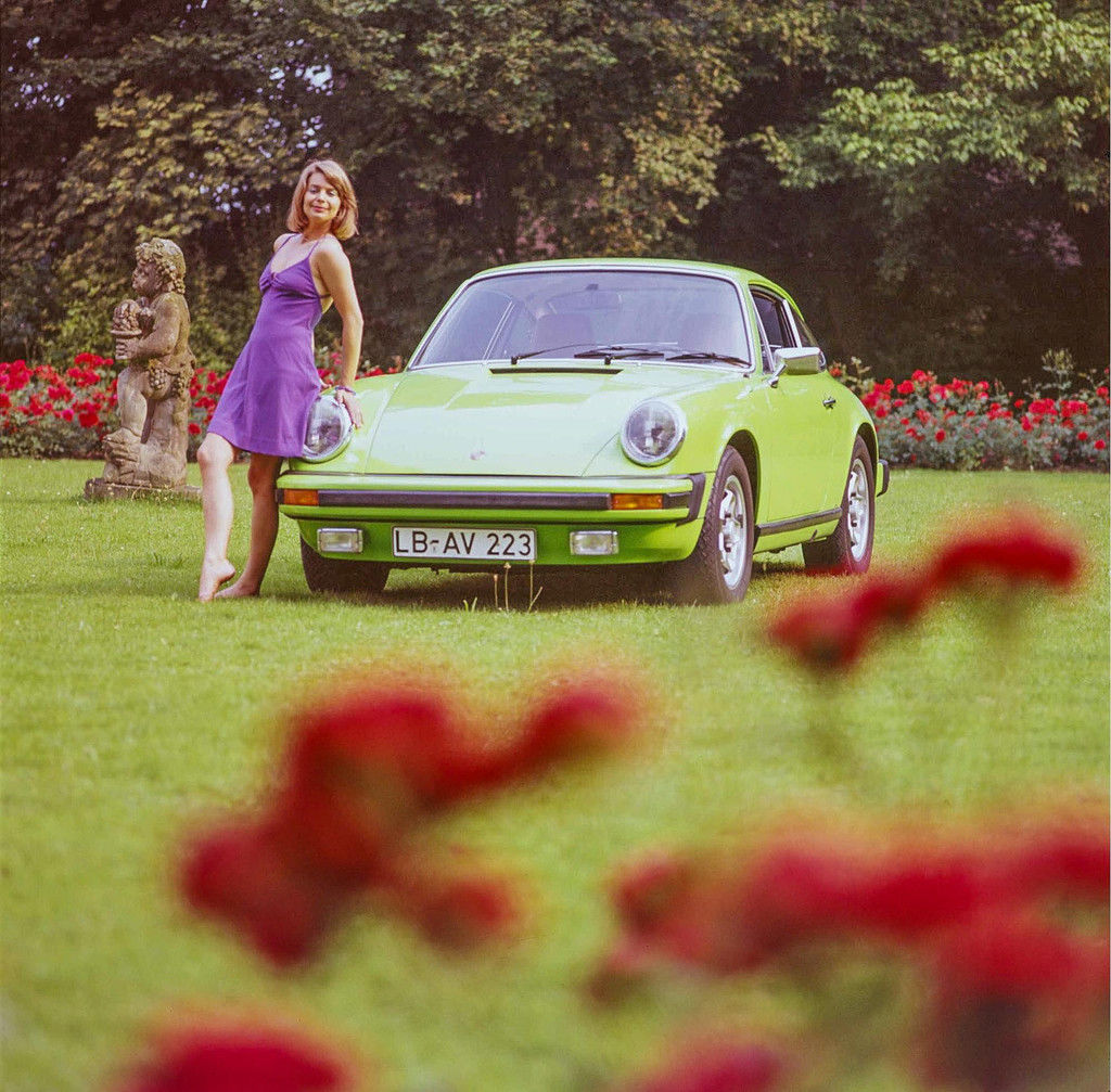 Content 1974 911 s 2point7