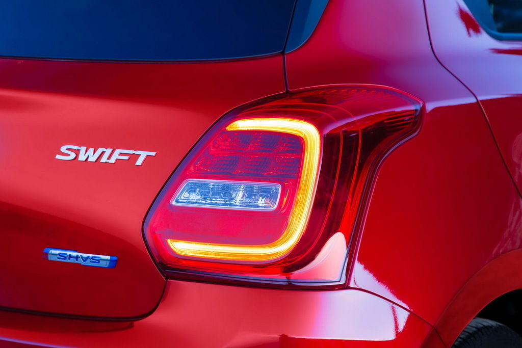 Content rear light cluster