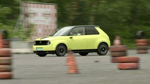 TEST Honda e: Elektromobil pre petrolheadov