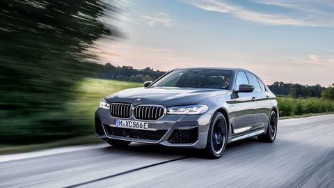 Nové BMW 545e XDrive spája vysoký výkon a hospodárnosť