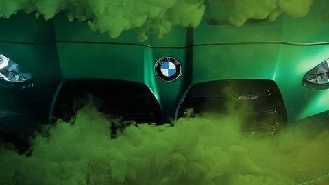 BMW M3 a M4 predstavia už o dva dni! Srdcia poteší detail v interiéri