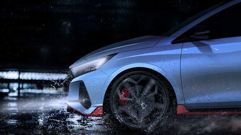Hyundai i20 N láka prvými zábermi. Ostrý hothatch je tu čo nevidieť!