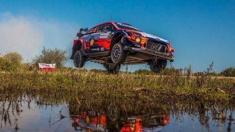 Na Sardínii vyhral Sordo, double pre Hyundai