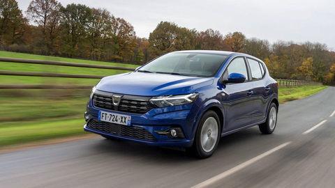 Nová Dacia Sandero a Logan prezrádza technické údaje. Poznáme tiež nárast rozmerov