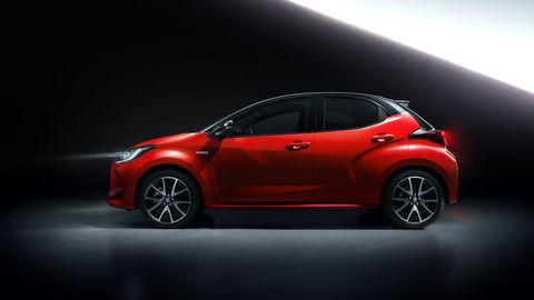 Nová Mazda 2 využije techniku Toyoty. Pravdepodobne aj vzhľad