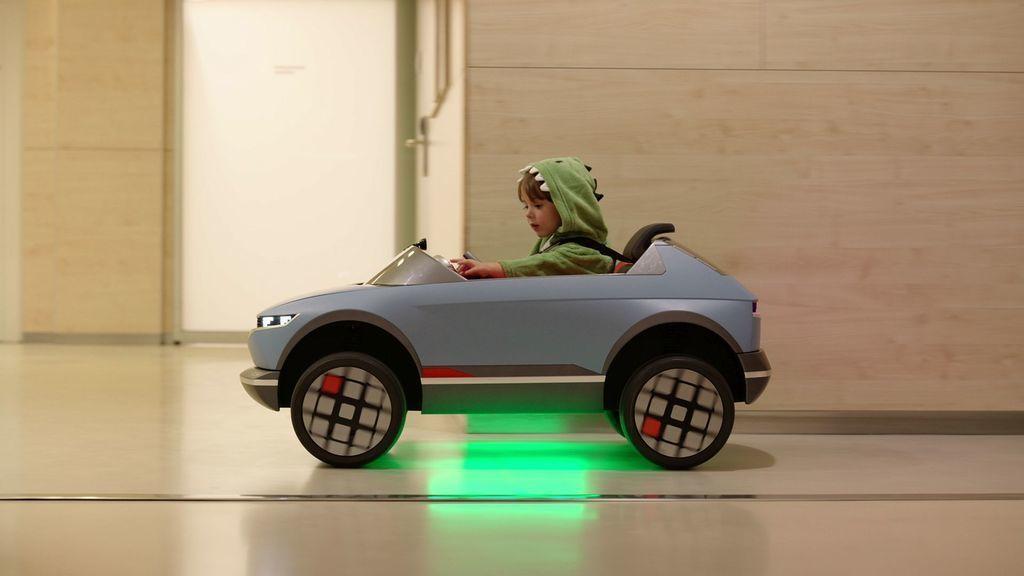 Hyundai Mini Elektrické autíčko