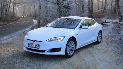 Tesla Model S po 150 000 km: Skúsenosti, servisné náklady, degradácia batérie (VIDEO)