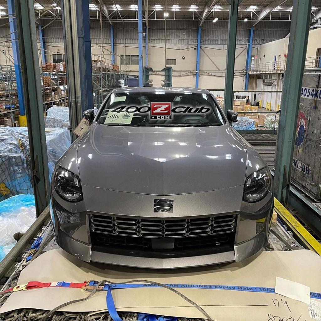 Nissan 400Z leaked