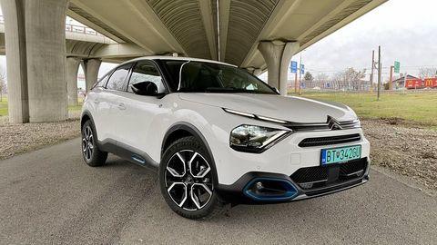 VIDEOTEST Citroën e-C4: Dobre vybavený elektrický kompakt