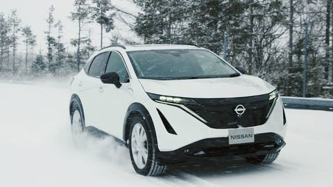 Nissan Ariya podstupuje záverečné testy (VIDEO)