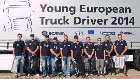 10 slovenských finalistov Scania YETD 2014