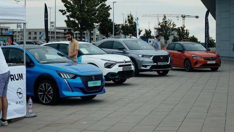 Salón elektromobilov 2021 potvrdil zvyšujúci sa záujem oelektromobilitu, návštevníci spravili viac ako 600 jázd