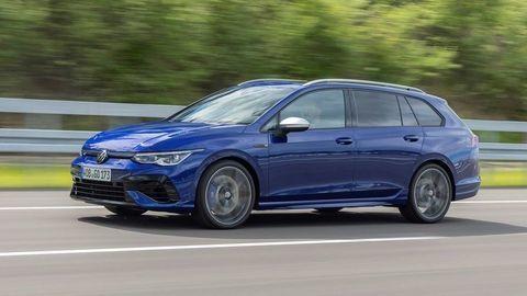 Nový Volkswagen Golf R 2021 oficiálne: Ešte rýchlejší univerzál vie aj driftovať