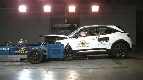 Najnovšie výsledkov nárazových testov Euro NCAP 2021: Opel Mokka, Renault Kangoo, Citroen C4, Genesis G80 a GV80