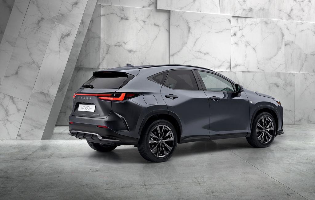 Nový Lexus NX 2021 naživo