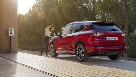 Ford Kuga PHEV je najpredávanejší plug-in hybrid v Európe. Značka zistila, koľko s ním vodiči jazdia čisto na elektrinu