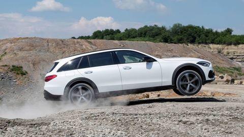 Mercedes-Benz Triedy C All-Terrain 2021 oficiálne: Vyšší podvozok a 4Matic štandardne
