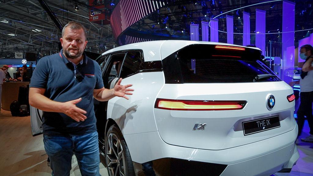 BMW iX, i4 a Vision Circular na IAA Mníchov: Elektrický obor s výkonom 523 k a dojazdom 630 km (VIDEO)