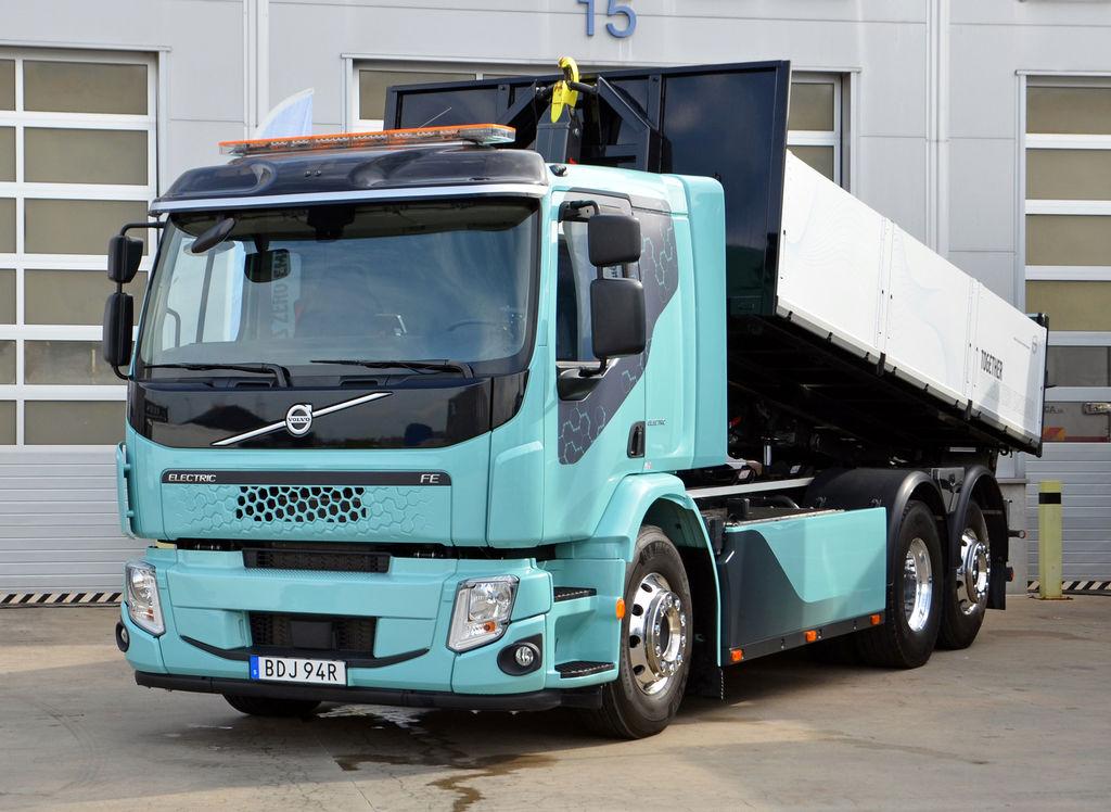 VSenci predviedli e-truck Volvo