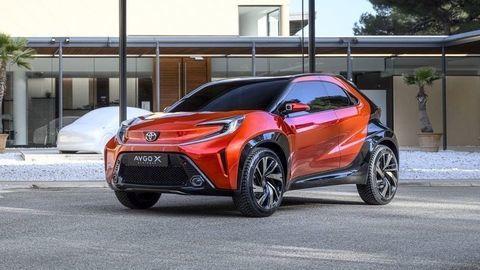 Nová Toyota Aygo X: Oficiálne už v novembri 2021. Pôjde o minicrossover s podvozkom z Yarisa