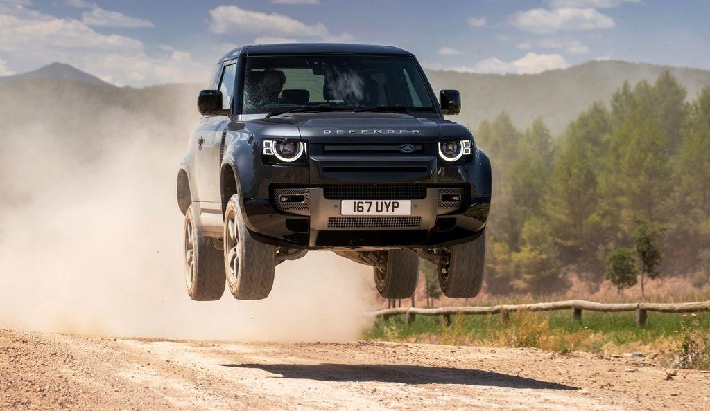 Land Rover Defender Capathian Test