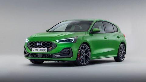 Faceliftovaný Ford Focus 2021 podrobne: Sebavedomejšia tvár a modernejšie technológie. Nechýba ani Focus ST!