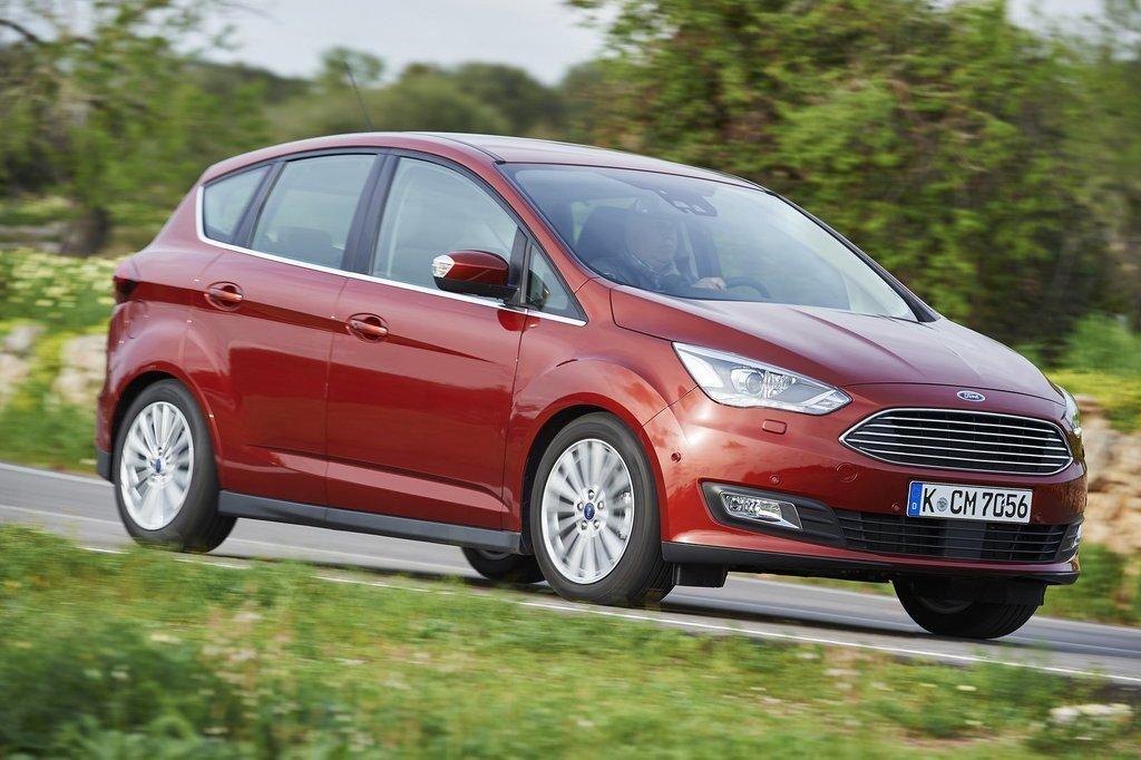 Motoring: Nový Ford C-Max, Renault Kadjar a Opel Adam ...