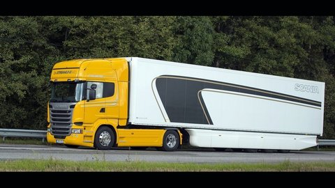 Evolúcia materiálov používaných pri výrobe truckov